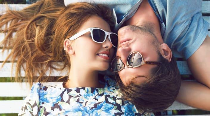 Infertilidade casal óculos
