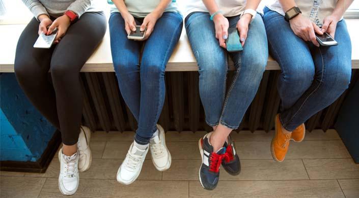 sapatilhas ou saltos altos-chicas